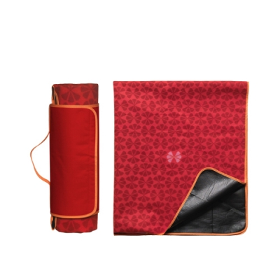 czerwony-koc-piknikowy-sagaform-picnic-8357,13614_0