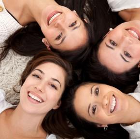Prezentuję7 uniwersalnych prezentów dla kobiety