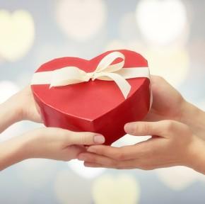 Prezentuję 7 walentynkowych prezentów na bogato