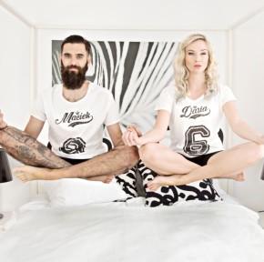 Ubrania dla par – idealny prezent dla dwojga